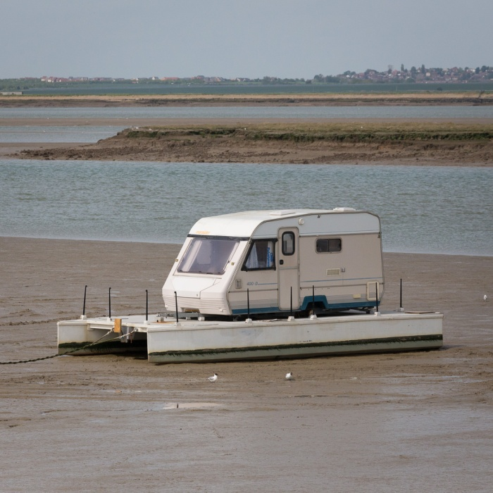 One way to make a houseboat, Swale.