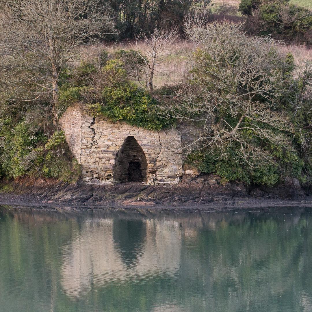 Lime Kiln Remains, Batson Creek, Devon.
