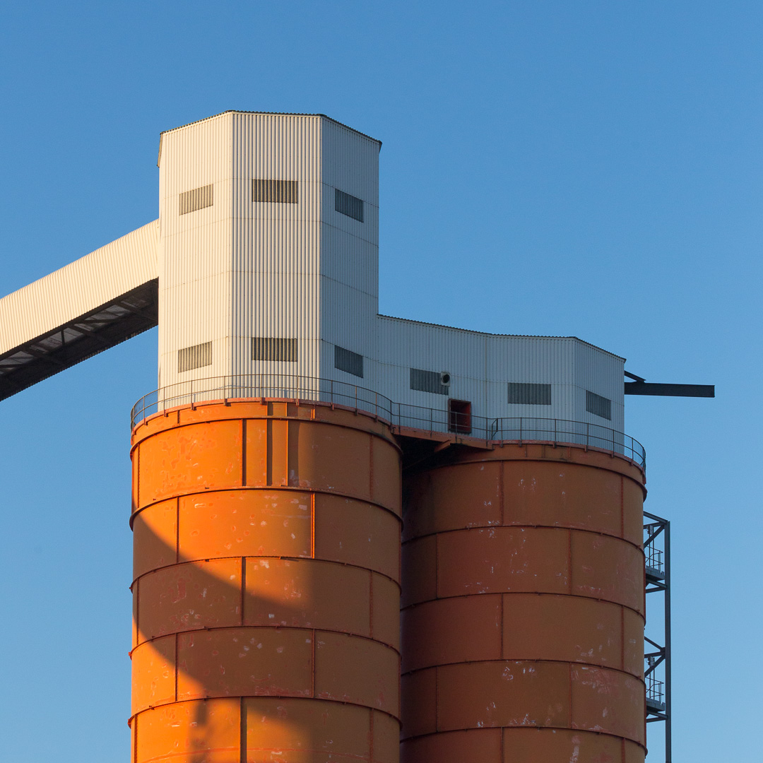 Coal Silo, Bristol Bulk Handling Terminal, Avonmouth, Avon.