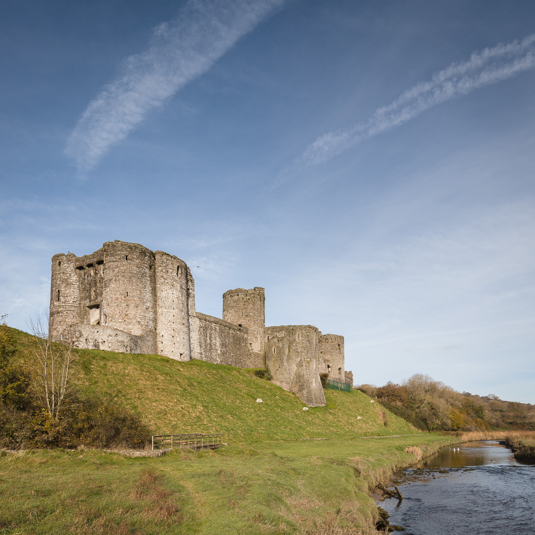 Kidwelly Castle and the River Gwendraeth, Dyfed.