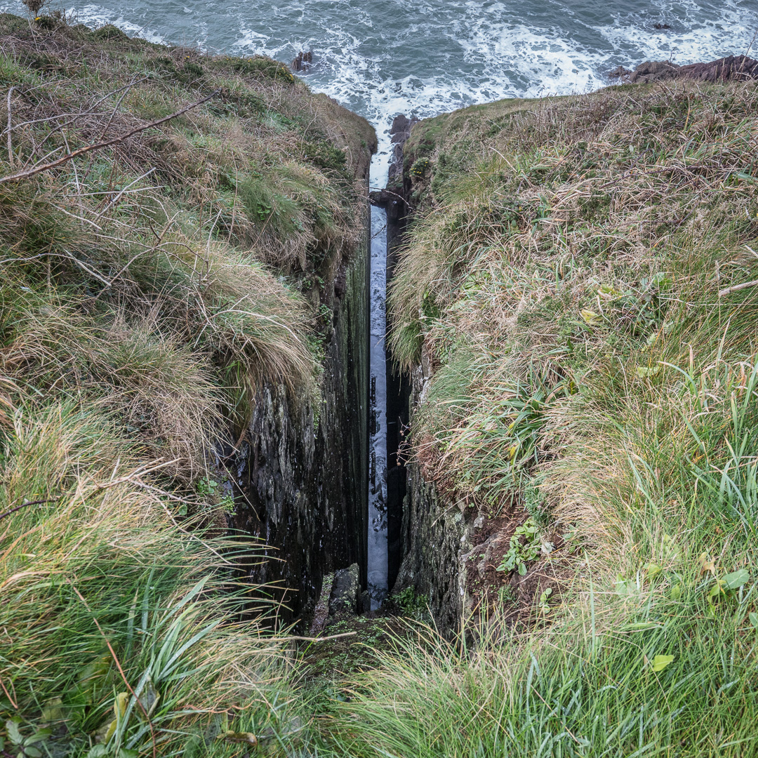 Fissure, Priest`s Nose, Manorbier, Dyfed.