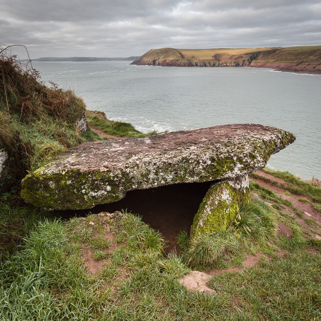 King's Quoit, Neolithic Burial Chamber, Manorbier, Dyfed.