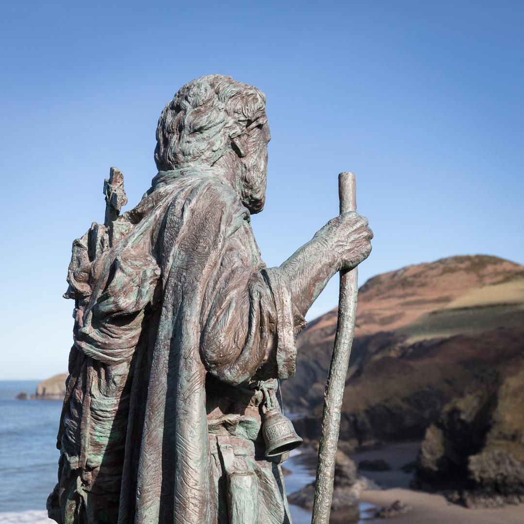 St. Crannog's statue by Sebastien Boyesen, Llangrannog, Ceredigion.